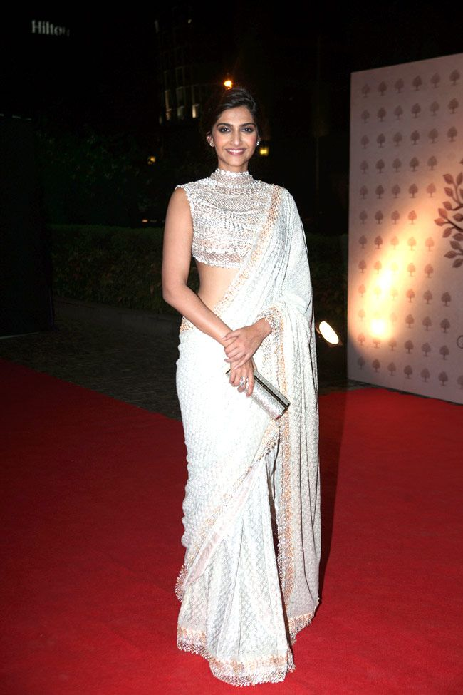 sonam kapoor Sarees - White Colour